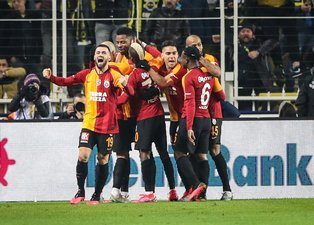 Galatasaray'dan önemli karar! Sözleşmesi uzuyor