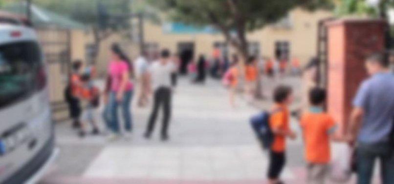 OKULLARDA 'STERİL ALAN' İÇİN DÜĞMEYE BASILDI
