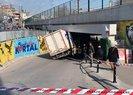 İstanbul Kartalda görenleri şaşırtan kaza! Havada böyle asılı kaldı