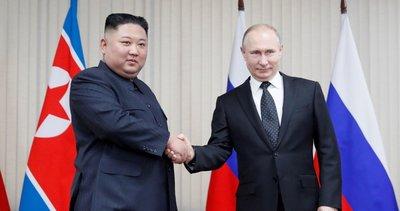 Putin, Kim Jong-un ile bir araya geldi