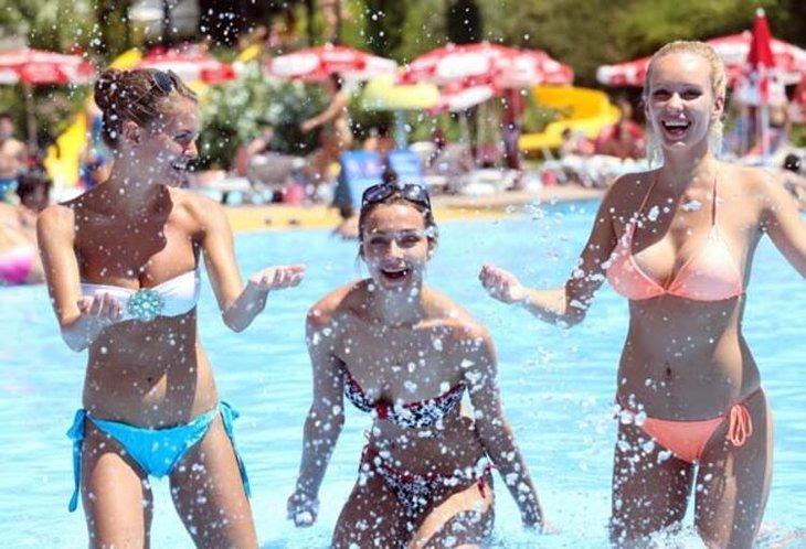 Türkiye'ye 16 günde 120 bin Rus turist geldi