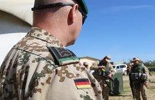 Alman ordusunda personel ve teçhizat sıkıntısı