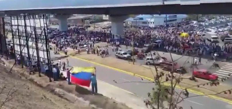 VENEZUELA'DA MADURO'YA HALK KALKANI!