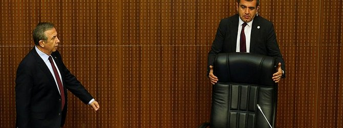 Mansur Yavaş koltuğa oturur oturmaz değişti