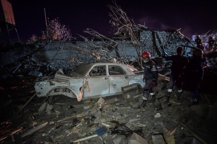 Terör devleti Ermenistan sivilleri uykularında vurdu! Hasar gün ağarınca ortaya çıktı
