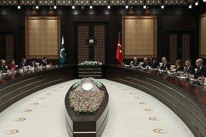 Türkiye ile Pakistan'dan FETÖ açıklaması