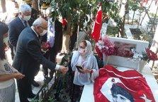 İzmir'de 15 Temmuz şehitlerini anma töreni