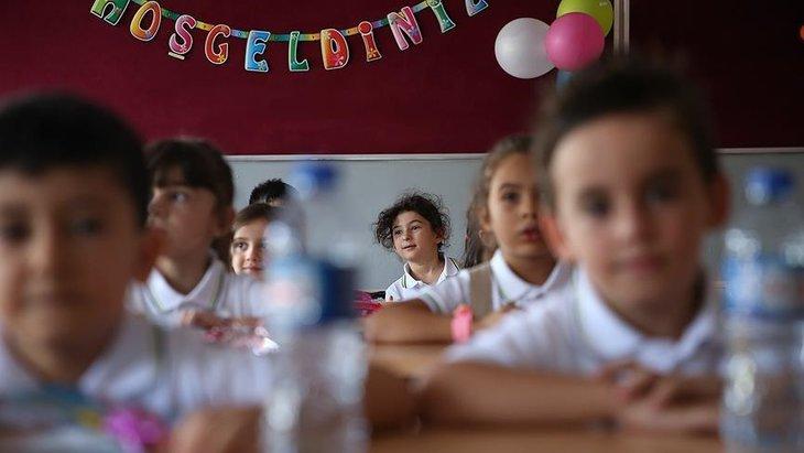 MEB duyurdu! Okullar 15 Şubat Pazartesi açılacak mı? Okullar tüm sınıflara ne zaman açılıyor? Sınıflar...