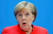 Merkel'e rest çektiler! Alman hükümetinde sığınmacı çatlağı