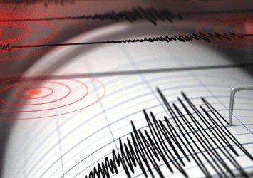 Van'da korkutan deprem! AFAD son depremin büyüklüğünü ve merkez üssünü açıkladı