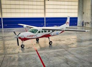 Uçak taşımacılığında tarihi adım! MagniX ilk kez havalandı