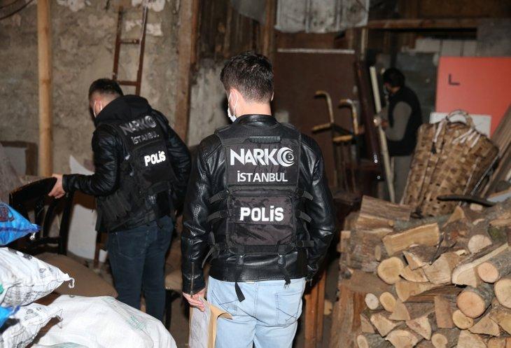 İstanbul'da 'çukur' operasyonu! Uykularında yakalandılar...