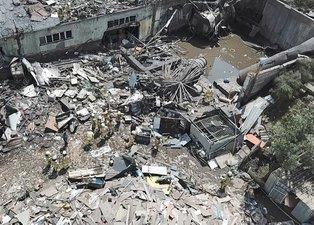 İstanbul Başakşehir'de fabrikada patlama! Ortalık savaş alanına döndü: Ölü ve yaralılar var
