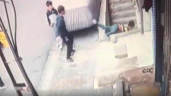 12 yaşındaki çocuk 3 metre yükseklikten düştü