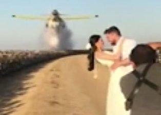 Ölümcül düğün fotoğrafı! Yangın söndürme uçağı...