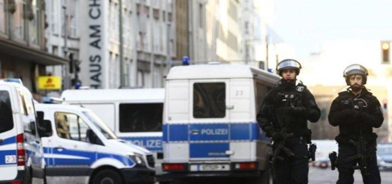 Almanya'da Türkler yine hedefte! Spor kulübüne saldırı