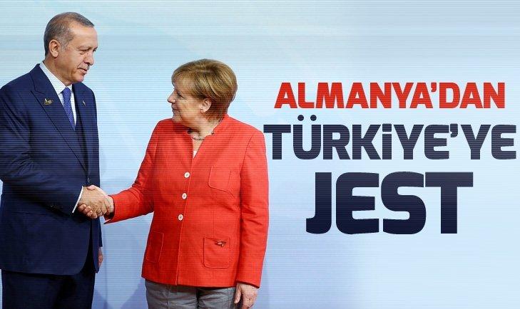 Başkan Erdoğan'ın Almanya ziyareti: Cadde ve meydanlar bayraklarla süslendi