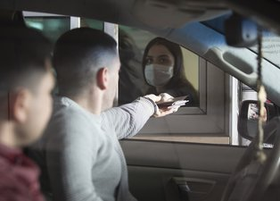 Avrupa'ya açılan sınır kapılarında koronavirüs önlemi!