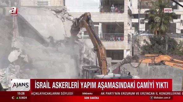 İsrail askerlerinden camiye saldırı!