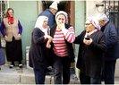 İSTANBUL'DA YAŞLI KADIN EVİNDE BIÇAKLANARAK ÖLDÜRÜLDÜ