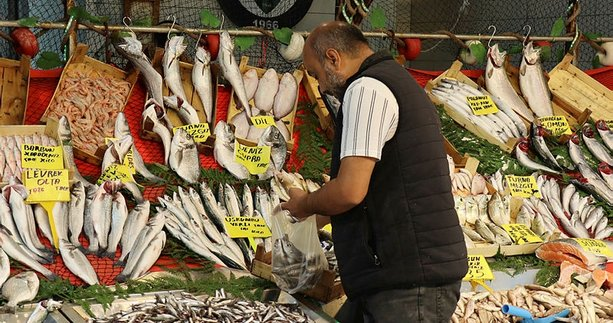 Balık fiyatları ne zaman düşer   Halden tezgaha bölge bölge fiyatlar değişiyor
