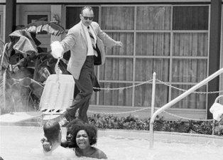 Havuza asit döküp işkence ettiler! Kan donduran fotoğraflar yıllar sonra ortaya çıktı
