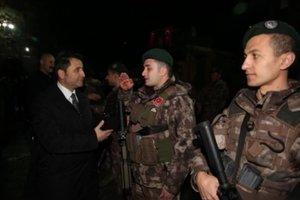 Çukur ve barikatın efsane timi Afrin'e gitti