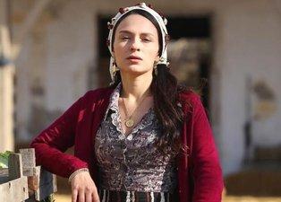 Bir Zamanlar Çukurova'nın Saniye'si Selin Yeninci gündem oldu! Saniye rolüyle Bir Zamanlar Çukurova'da dikkat çeken Selin Yeninci'nin fotoğrafları