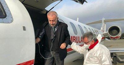 Azerbaycan'da Kovid-19 'a yakalanan iş insanı ambulans uçakla Türkiye'ye getirildi