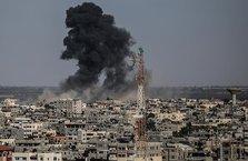 İsrail'den Gazze'ye bomba yağdırıyor