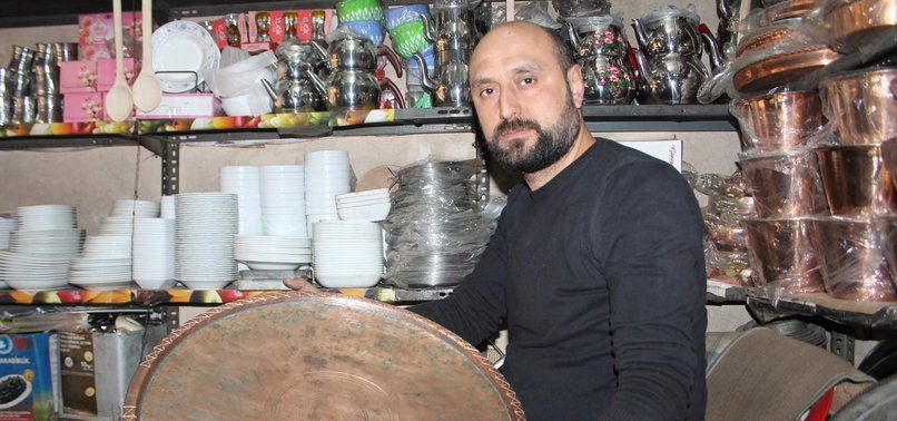 PASLI EŞYALARIN ARASINDA BULDU, PAHA BİÇİLEMİYOR