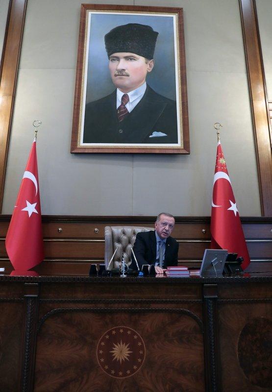 Başkan Erdoğan harekat merkezinden gelişmeleri takip etti!
