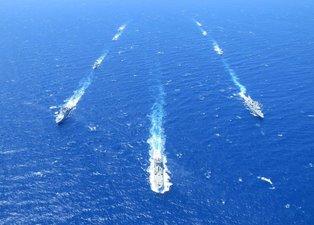 Türk Deniz Kuvvetleri'nden gövde gösterisi