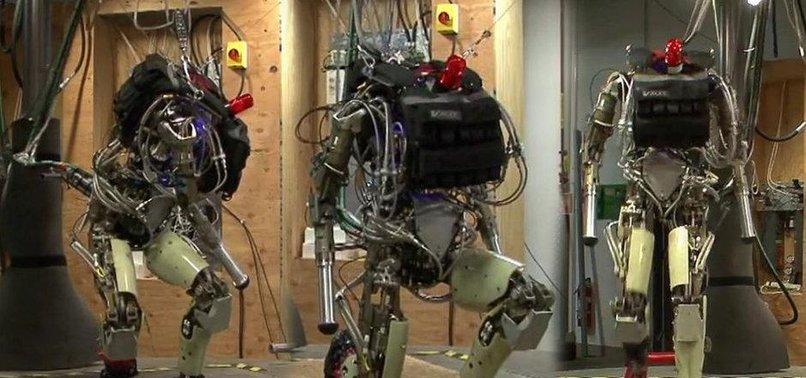 ROBOT ASKER ÇOK YAKIN