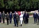 Son dakika haberleri | Başkan Erdoğan'dan YAŞ öncesi Anıtkabir'e ziyaret