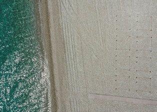 Antalya'da plajlar hazırlanıyor! İşte sosyal mesafeli yeni düzen