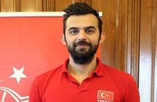 Milli voleybolcu Aslan Ekşi 30 gün hapis!