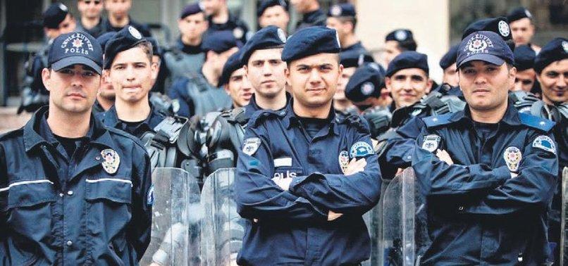 10 BİN POLİS ALINACAK