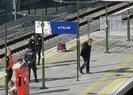 Marmaray'da feci olay! Bayılan yaşlı adam tren ile platform arasına sıkıştı |video