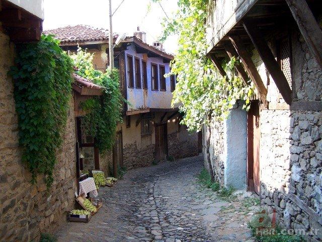 Koronavirüs 700 yıllık Osmanlı köyünü de vurdu! Derin sessizlik hakim...