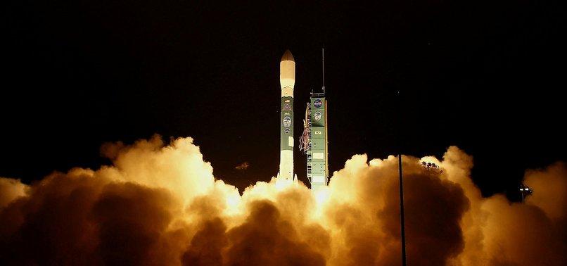 NASA, 1 MİLYAR DOLARLIK BUZUL İNCELEME UYDUSU FIRLATTI