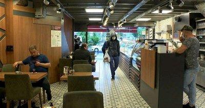 Vatandaşlar kafe ve restoranlara akın etti!