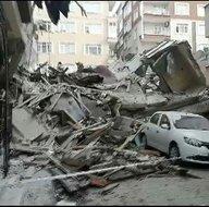 İstanbul Bahçelievler'de boş bina yıkıldı!