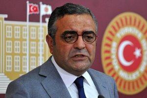 CHP'li Sezgin Tanrıkulu'ndan skandal tweet! Yine teröre destek verdi