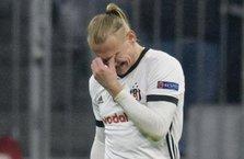 Beşiktaş'ın yıldızı gözyaşlarını tutamadı