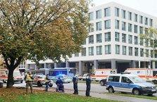 Münih'te bıçaklı saldırı