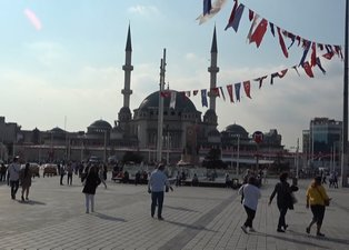 Taksim Camii'nde sona doğru! İşte ibadete açılacağı tarih...