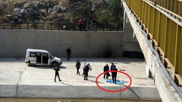 Yaşlı adam köprüden atlayarak intihar etti