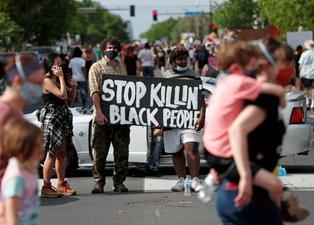ABD'de polis şiddetine tepkiler artıyor! Halk sokaklara döküldü