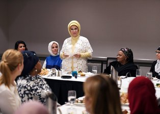 Emine Erdoğan Müslüman Toplumun Kadın Temsilcileriyle görüştü